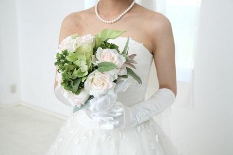 結婚しました。未亡人から人妻へ。アラフィフでもあきらめなければ結婚できた