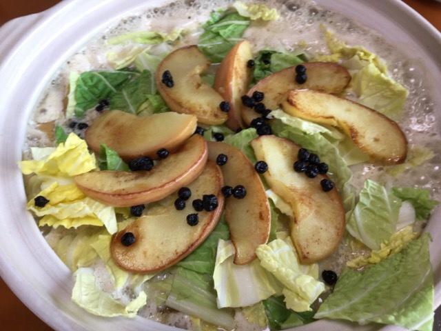 りんごとベリーのフルーツ鍋完成イメージ