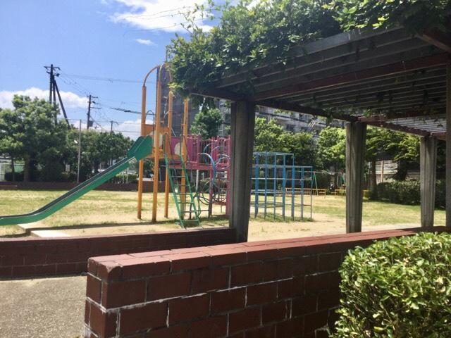 深清鮓近くの公園 出島町ひなげし公園