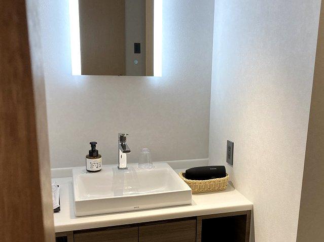 THIRD石垣島の洗面所