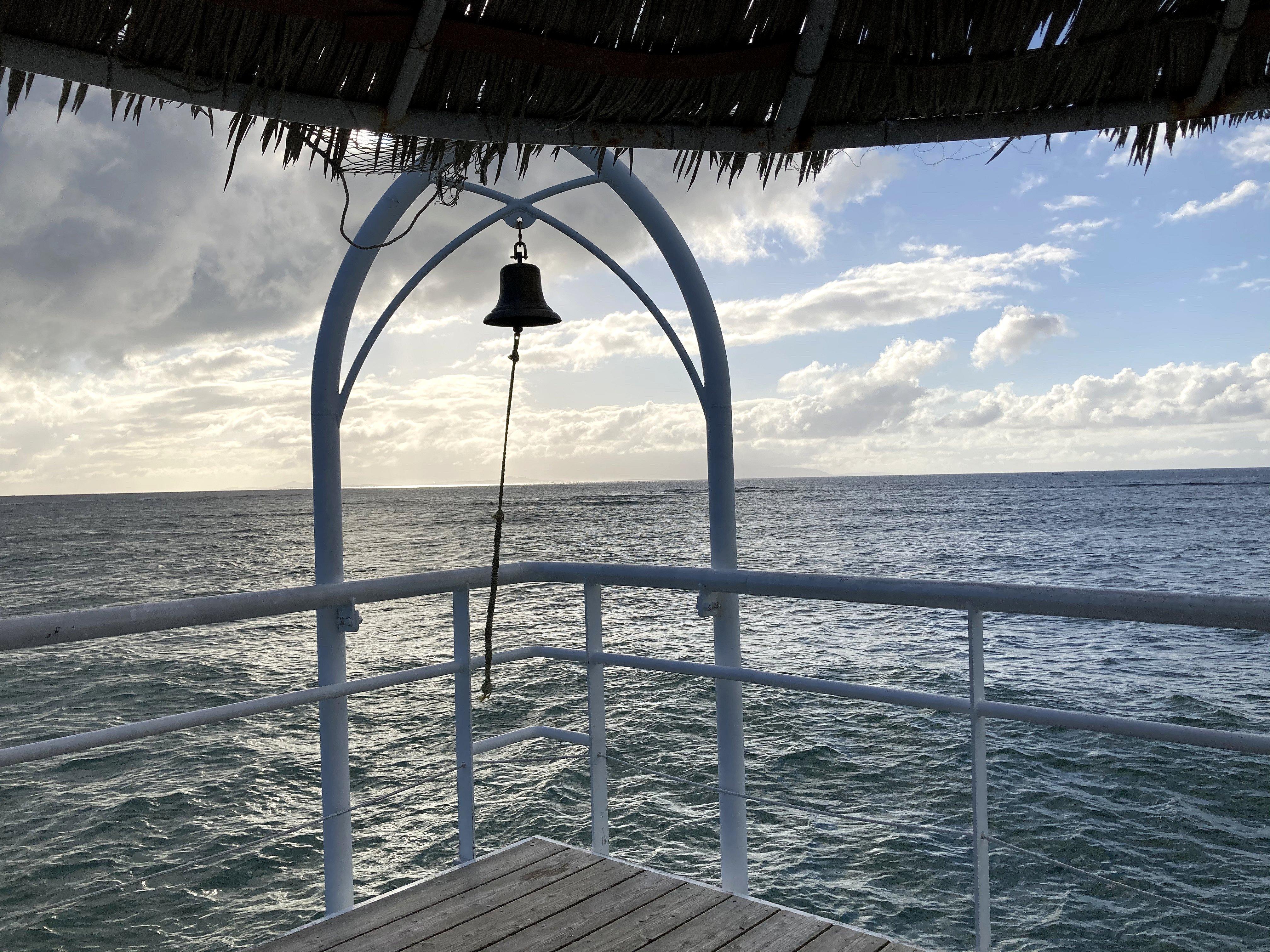 フサキビーチエンジェルピアの鐘
