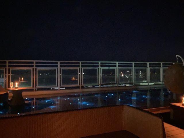 THIRD石垣島夜のルーフトップテラス