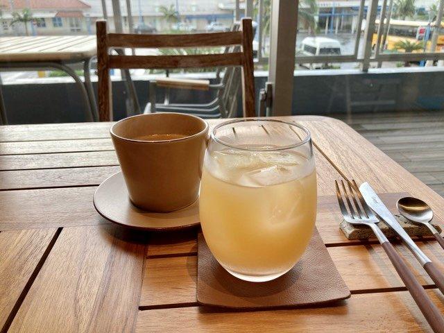 THIRD石垣島朝食ジュースとコーヒー