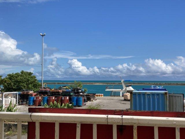 エメラルドグリーンの海(小浜島)